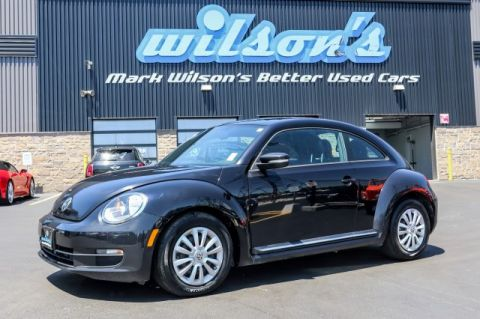 Certified Pre-Owned 2016 Volkswagen Beetle TRENDLINE 1.8L PANORAMIC SUNROOF! BLUETOOTH! CRUISE CONTROL! POWER PACKAGE! FWD Hatchback