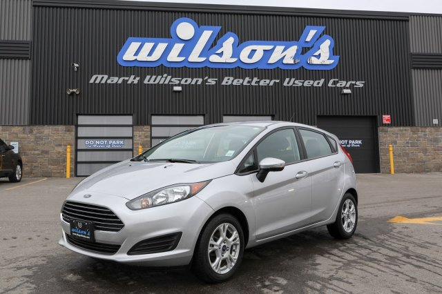 Certified Pre-Owned 2015 Ford Fiesta SE HATCHBACK! BLUETOOTH! POWER PACKAGE! KEYLESS ENTRY! INFO CENTER!